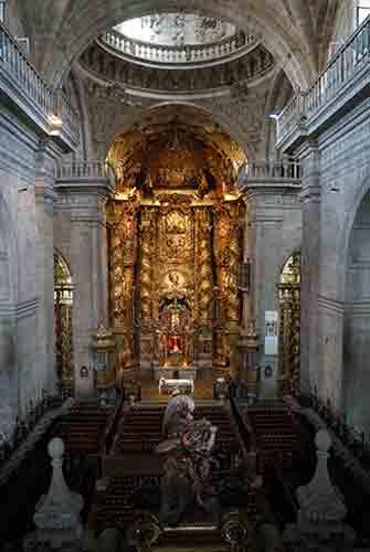 Mosteiro-San-Salvador